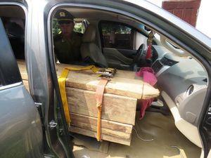 Vạch trần thủ đoạn cải hoán ô tô, gắn biển số giả vận chuyển gỗ lậu