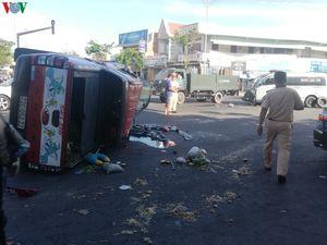 Xe cứu thương vượt đèn đỏ gây tai nạn liên hoàn ở Bà Rịa - Vũng Tàu