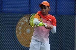 Tay vợt 14 tuổi gây bất ngờ tại giải VTF Pro Tour 200