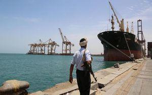 Giao tranh dữ dội bùng phát trở lại tại cảng chiến lược của Yemen