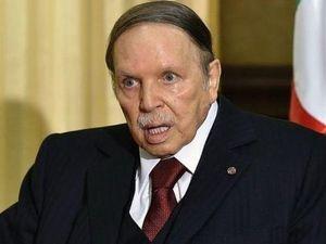 Trước áp lực dư luận, Tổng thống Algeria đệ đơn xin từ chức