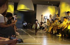 Trung Quốc: Khi ngành 'người mẫu nhí' là con dao hai lưỡi