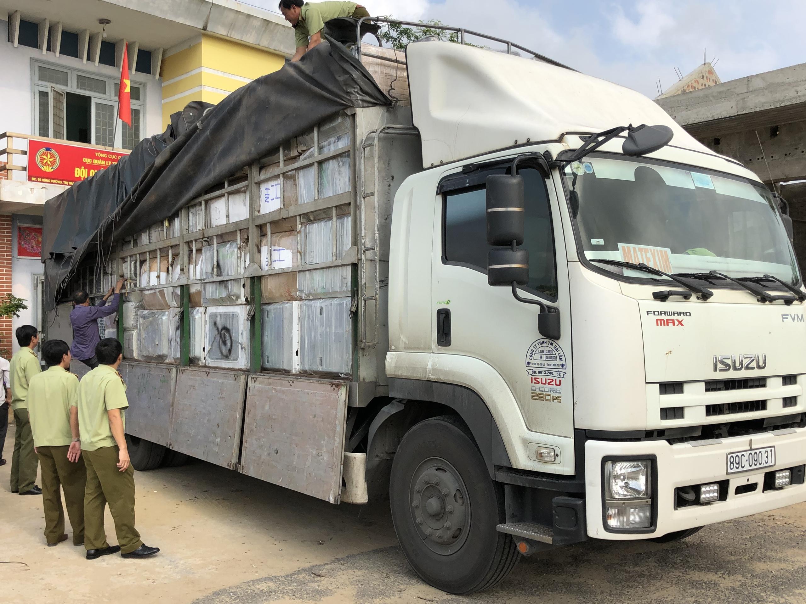 Quảng Bình: Thu giữ nhiều máy giặt, máy hút ẩm nhập lậu ước tính trên 400 triệu đồng