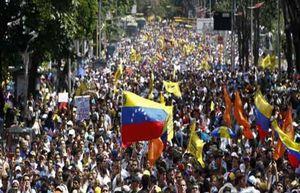 Venezuela: Chính phủ và phe đối lập biểu tình trên cả nước