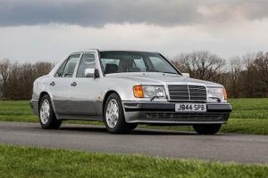 'Mr Bean' tiếp tục bán đấu giá xe, chỉ có 29 chiếc xe này trên thế giới