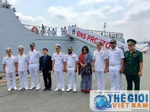 Tàu Hải quân Bangladesh thăm hữu nghị TP. HCM