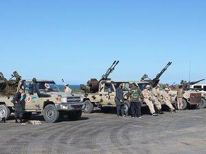Hơn 2.800 người Libya phải di dời sau khi bạo lực ở Tripoli leo thang