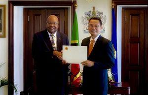 Đại sứ Nguyễn Trung Thành trình Thư Ủy nhiệm tại Liên bang Saint Kitts và Nevis