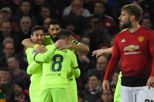Man United quá non, thua Barcelona 0-1 trên sân nhà