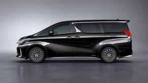 Lexus LM - MPV hạng sang chung khung gầm Toyota Alphard lộ diện