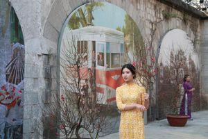 Tinh hoa làng nghề trên Phố bích họa Phùng Hưng
