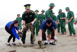 BĐBP Hà Tĩnh ra quân hưởng ứng chiến dịch 'Hãy làm sạch biển'