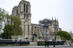 Nhà thờ Đức Bà Paris được xây bằng nhiều vật liệu 'nhạy cảm' với lửa và nước
