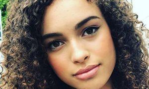 Ngôi sao truyền hình BBC đột ngột qua đời ở tuổi 16