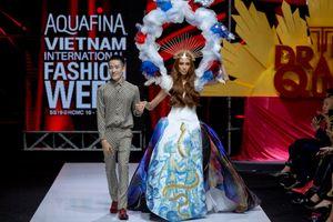 Khu vườn kỳ bí 'The Drama Queen' của Nguyễn Tiến Truyển