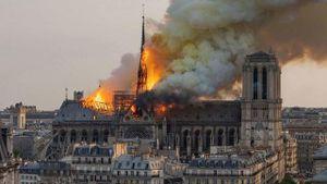 Camera tiết lộ nguyên nhân gây ra vụ cháy Nhà thờ Đức Bà