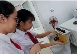 Thừa Thiên Huế: Học sinh sáng tạo phẩm màu thực phẩm 100% tự nhiên
