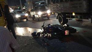 Tai nạn giao thông cầu Bình Lợi, nam thanh niên chạy mô tô nguy kịch