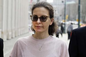 'Công chúa' gia tộc giàu có nhận tội trong vụ án giáo phái tình dục Mỹ
