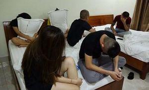 Phát hiện nhiều nam nữ 'đập đá' ở Thiên Đường II, 'ổ nhền nhện' trong 2 khách sạn hạng sang