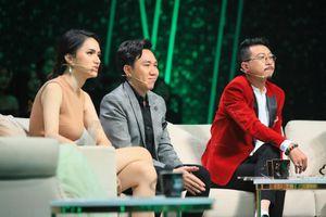 Hương Giang bật khóc trước màn cầu hôn trên sân khấu 'Người ấy là ai'