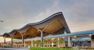 Ông Johnathan Hạnh Nguyễn đề nghị tăng giá phục vụ khách quốc tế tại sân bay Cam Ranh
