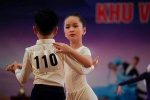 Nhiều tài năng tỏa sáng tại giải các CLB khiêu vũ thể thao phía Bắc