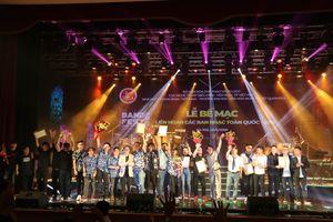 Thỏa mãn 'cơn khát' âm nhạc của giới trẻ