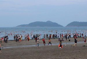 Hà Tĩnh: Nam sinh lớp 6 tử vong khi tắm biển