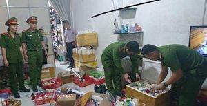 Nghệ An: Bắt 10.000 lọ mỹ phẩm nhái
