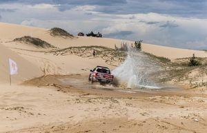 Tay đua nổi tiếng Siong Loo: Sa mạc cát Mũi Dinh quá đặc biệt để thiết kế đường đua…
