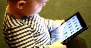 Trẻ dưới 1 tuổi cần tuyệt đối tránh điều dễ gặp này
