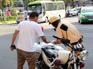 Vi phạm giao thông: Có nên phạt lao động công ích?