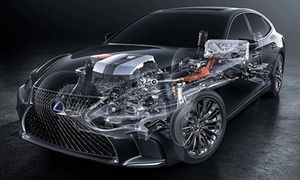 Lexus chuẩn bị ra mắt mẫu xe sang chạy điện đầu tiên