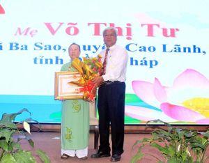 50 Mẹ được phong tặng và truy tặng danh hiệu 'Bà Mẹ Việt Nam anh hùng'