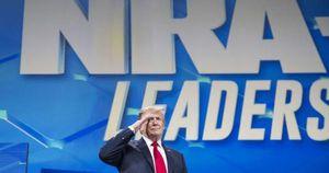 Rút Mỹ khỏi hiệp ước vũ khí quốc tế, ông Donald Trump bị chỉ trích
