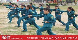 Xem dân quân vùng biển bãi ngang Hà Tĩnh huấn luyện chiến đấu