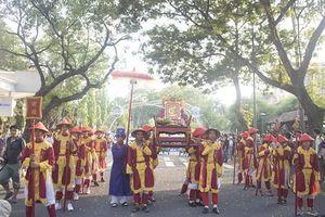 Thiêng liêng Lễ tế tổ bách nghệ bên dòng Hương