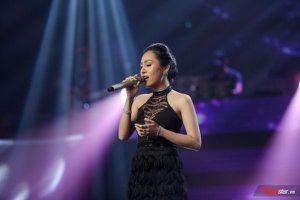 The Voice 2019: Single-mom Minh Nguyệt hát 'Dù chỉ là' đầy cảm xúc khiến HLV Thanh Hà 'nhượng bộ' trước HLV Tuấn Ngọc