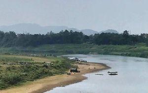 Tìm thấy 3 thi thể học sinh trên sông Hiếu