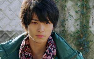 Yokohama Ryuusei từng có ý định bỏ làm diễn viên nếu không có lời động viên của cha mẹ