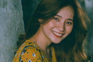 'Hot girl quân sự' hát nhép vui nhộn, nhí nhảnh ca khúc 'Củ lạc'