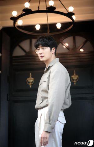 Jung Il Woo xin lỗi Go Ara, muốn hẹn hò và chia sẻ về hôn nhân