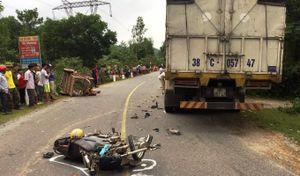 Hà Tĩnh:Em trai bị tai nạn giao thông, anh trai vác dao đe dọa CSGT