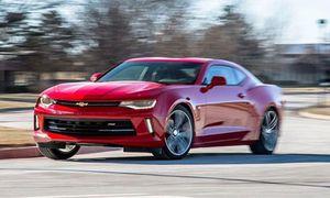 Chevrolet Camaro 2020 lộ diện, giá từ 813 triệu đồng?