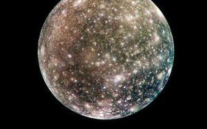 Những bức ảnh ấn tượng về các Mặt trăng trong hệ Mặt trời của chúng ta