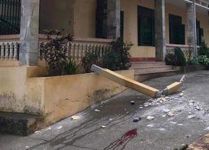 Rơi dầm bê tông trong trường học làm hai học sinh thương vong