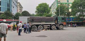 Xe 'hổ vồ' gây tai nạn khiến 1 phụ nữ tử vong