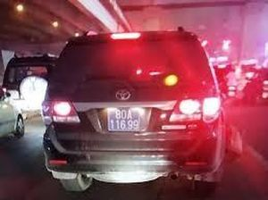 Bộ Công an đình chỉ tài xế lái xe biển xanh gây tai nạn rồi bỏ chạy