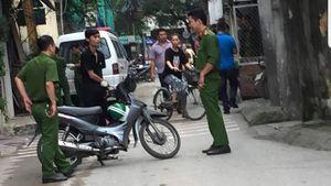 Nghi án con trai sát hại bố đẻ ở Hà Nội: Nghi phạm bị bắt trên đường về nhà